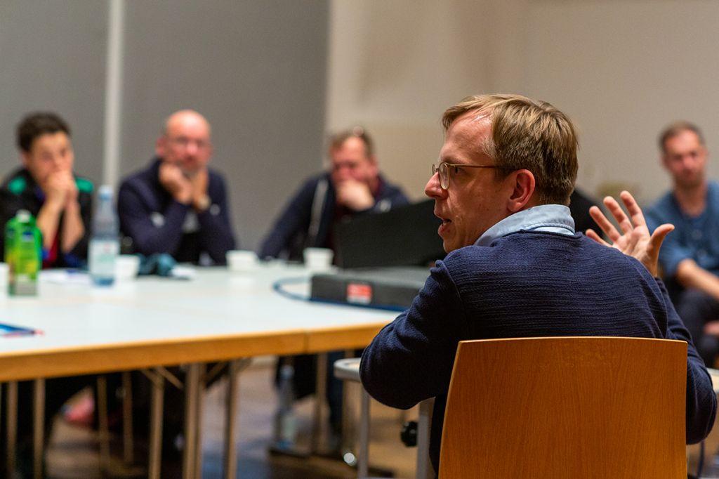 Pochen Symposium mit Marcus Böick, Thema Treuhand, POCHEN.eu, Chemnitz